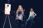 Показ Leopard Collection (Backstage) 39