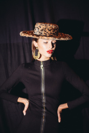 Показ Leopard Collection (Backstage) 243