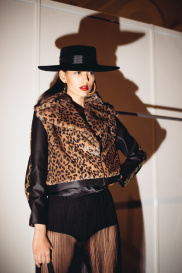 Показ Leopard Collection (Backstage) 244