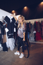 Показ Leopard Collection (Backstage) 115